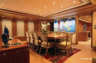 Yacht CAPRICORN -  Formal Dining